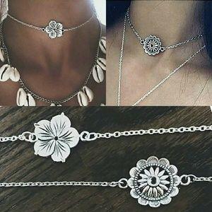 Flower Choker/Collar Necklace